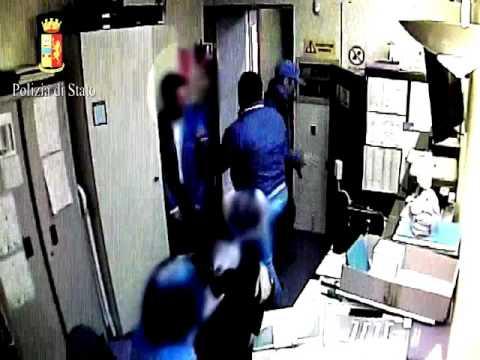 Catania, rapina in gioielleria: esplosi colpi di pistola a salve$
