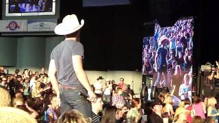 Justin Moore - I Could Kick Your Ass - Detroit, MI - 6.11.10