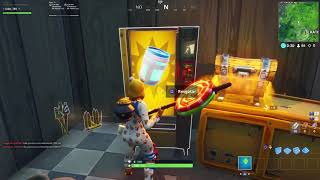 USE MAQUINAS DE VENDAS EM DIFERENTES PARTIDAS - Fortnite Battle Royale