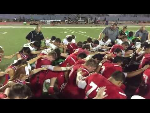 Hico Tigers & Dublin Lions share post-game prayer August 26, 2016