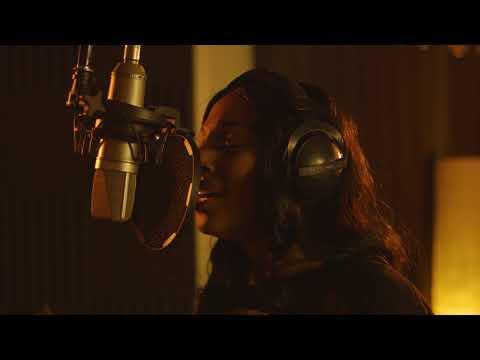 Смотреть клип Alexandra Burke - Hallelujah