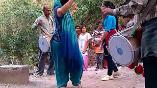 Repeat youtube video girl dance on dhol