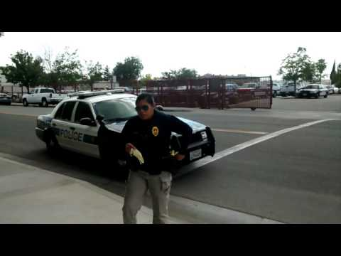 First Amendment Audit police at Bakersfield CA