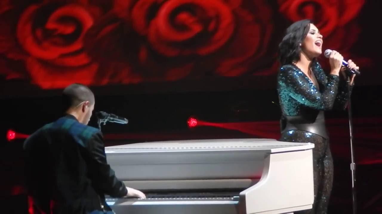 Demi Lovato and Nick Jonas - Stone Cold | Future Now Tour