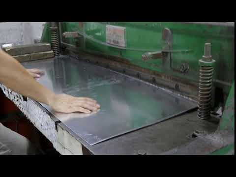 Cutting The Aluminum Material