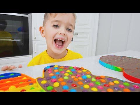 Niki play and make chocolate pop it - Funny kids video