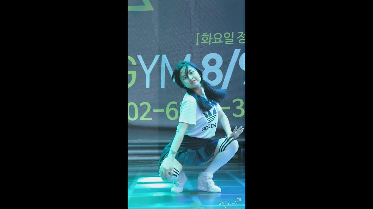 image Hyuna bubble pop fancam