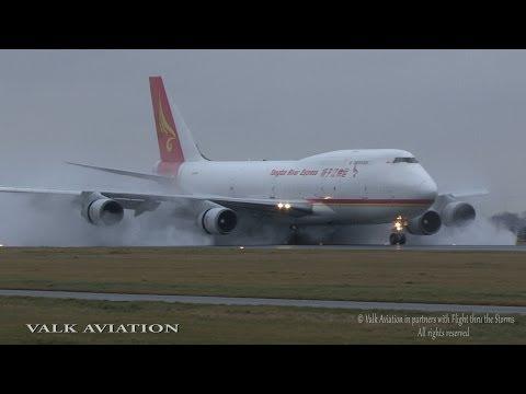 Full Thrust-Reverse and Spray @ AMS