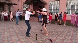 Как пираты Карибского моря крадут невест в Новоград-Волынском.
