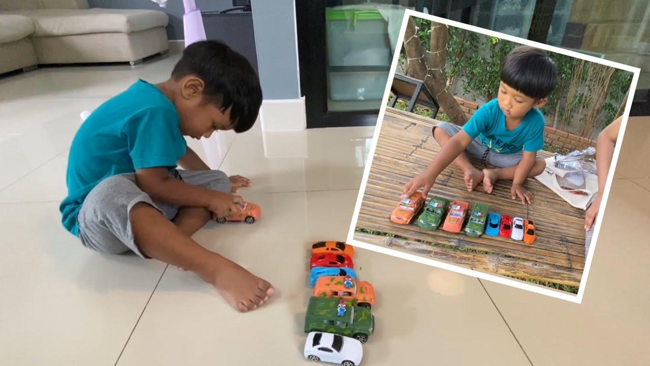 น้องภูมิ   รีวิวของเล่นใหม่ รถรถทหารไขลาน