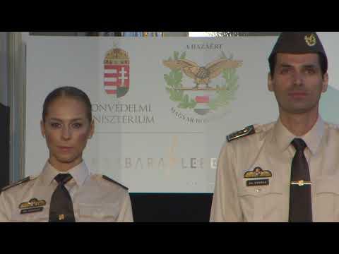 Bemutatták a Magyar Honvédség katonáinak új köznapi egyenruháját