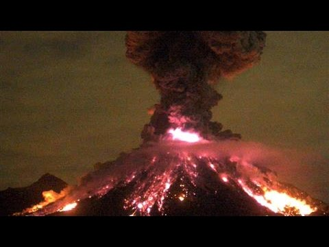 Mexican Volcanic Explosion Sends Ash a Mile Into the Sky