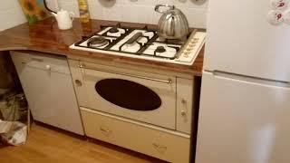 Столешница для кухни из ламината. Раковина в подоконнике.