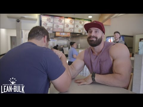 ARM WRESTLE AGAINST A 17 YEAR OLD
