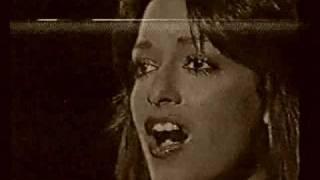 Смотреть клип Anna Vissi - M' Agapas