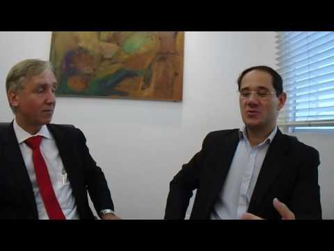 Recolocação de Alexandre Castro em 31 10 2016 Gte Indutsrial com Eduardo Bahi da Thomas Case