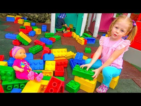 Парк аттракционов для детей Настя едет в Австрию Развлечение для детей Влог