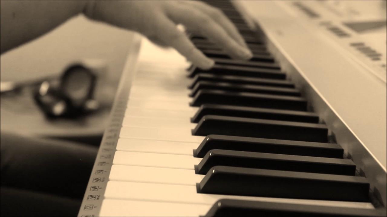 newt-says-goodbye-to-tina-jacob-s-bakery-sheets-chelsea-hartman-music