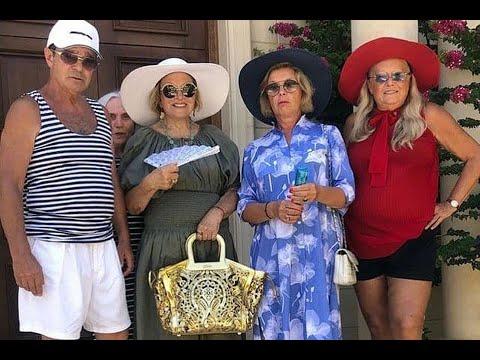 Фото 74 летней жены Никиты Михалкова в коротеньких узких шортиках произвело фурорТатьяна Михалкова