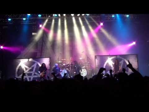 Anthrax  I'm The Law - Milan 2014