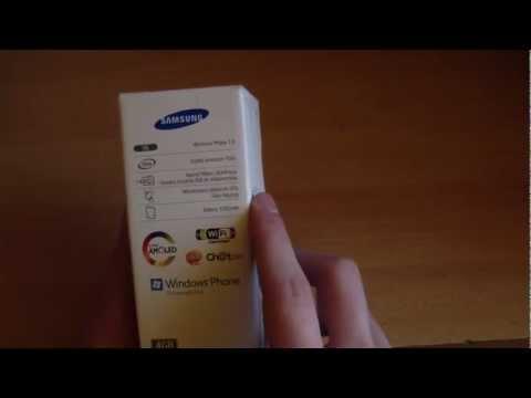 Rozpakowanie telefonu Samsung Omnia M