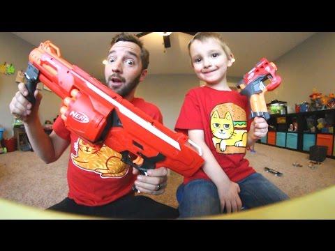 Father & Son / TINY NERF GUN -VS- BIG NERF GUN!