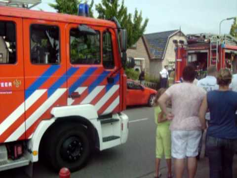 Binnenbrand woning aan de Nieuweweg in Hoogkarspel