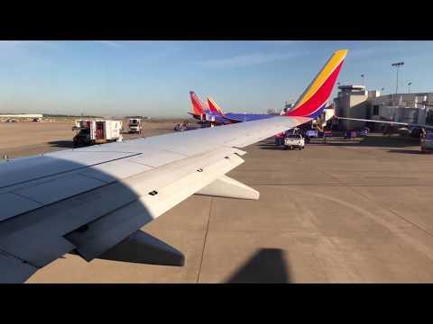 Southwest Airlines Takeoff Nashville - Boeing 737-7H4