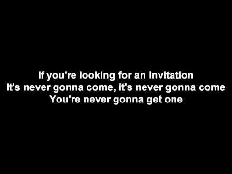 Benji Hughes - Waiting For An Invitation [LYRICS]