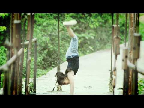 Some hip hop steps & stunts by Asthajita talukdar from assam lumding.