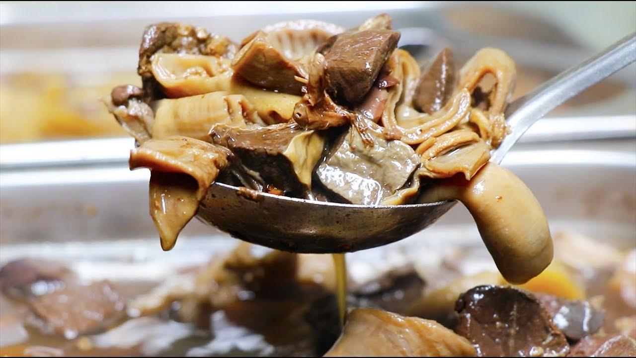 【雪鱼China Food Travel】广州大叔摆2张桌卖牛杂,15元一份,出了巷子吃不到这味