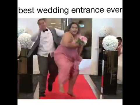 Best Wedding Entrance Ever... Legendary Dance