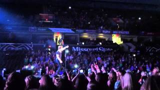 Hunter Hayes- Invisible (LIVE)