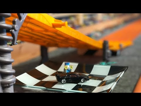 "HOT WHEELS SUPER 6 LANE DRAG RACING ""KING OF THE HILL"""