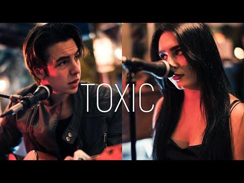 Tino & Nadezhda Aleksandrova - Toxic (Acoustic Live Cover)