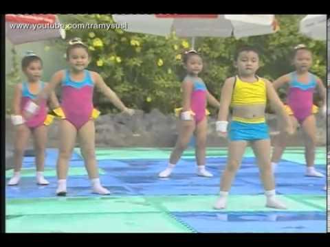 Aerobic thiếu nhi   Cùng tập Aerobic với bài hát Trời nắng trời mưa   YouTube