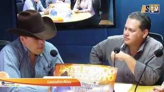 Leandro Ríos y Xitlali Sarmiento en entrevista con el Lobo 1040 am