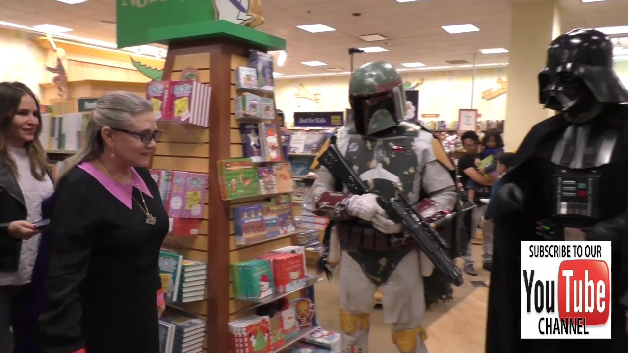 Carrie Fisher Arrives To Her Book Signing At Barnes Noble At The