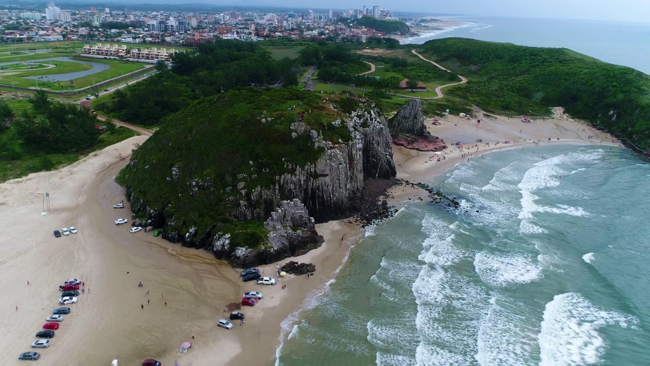 File:Praia-do-cal-torres-rs.JPG - Wikimedia Commons