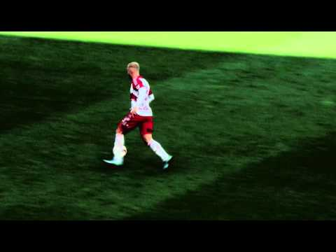 GOAL: Mike Grella scores the fastest goal in MLS history