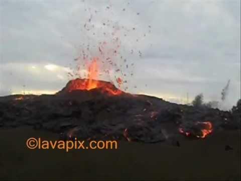 lavapix.com-kilauea-volcano-kamoamoa-eruption-3-06-2011_0001.wmv