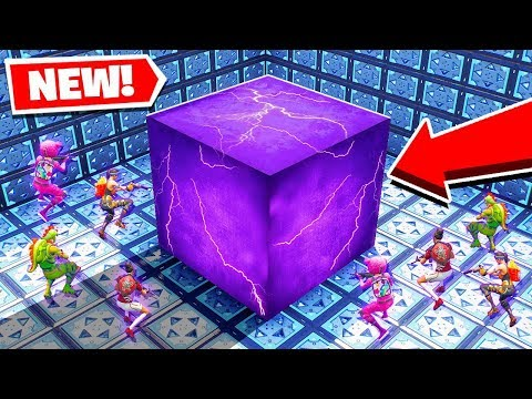We Fight In A *ZERO* GRAVITY ARENA! *NEW* Game Mode In Fortnite