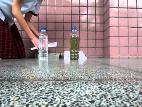 摩擦力小實驗(friction experiment) ----瓶子賽跑(the bottle race) - YouTube