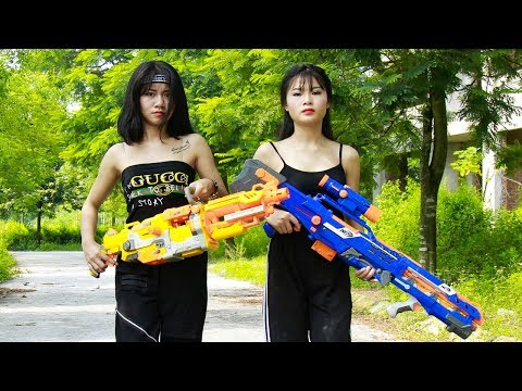 XGirl Nerf War: Two Girls Nerf Guns Two Gangster Sister Rescue Mission