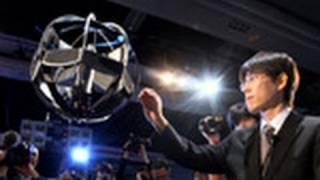 防衛省職員が開発した「世界初」という球形飛行体が10月20日、東京都江東区の日本科学未来館で公開された。