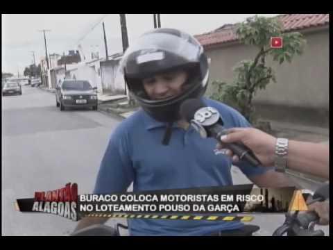 Buraco coloca motoristas em risco no loteamento Pouso da Garça