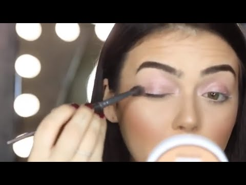How To: Easy Smouldering Smokey Eye Look hacks with these easy steps!