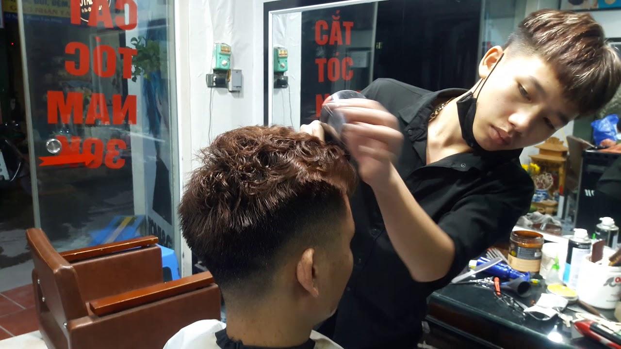 Cắt tóc nam kiểu xù xù mì tôm khách Kêu Lên Một Tiếng Mày Làm Gì Tóc Tao Đẹp Vậy