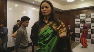 Modelo transexual nepalí rompe moldes en la pasarela más notoria de la India
