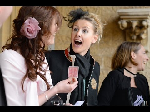 professional-wedding-magician-in-gloucestershire